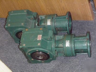 2PC sumitomo sm cyclo cylco sm-bevel 9:1 speed reducer