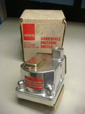 Barksdale D1T pressure-vaccum actuated switch *terminal