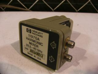 Hp 11970A harmonic mixer , 26.5 - 40 ghz