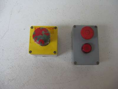 Emergency stop push buttons lot of 2