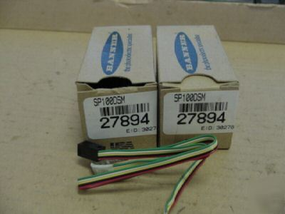 New banner SP100DSM photo electric sensor AP100-C3 >