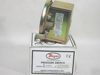 New dwyer G1910-1 differential pressure switch G19101
