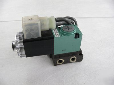 Numatics mark 11 solenoid valve 24VDC 11SAD441E000061