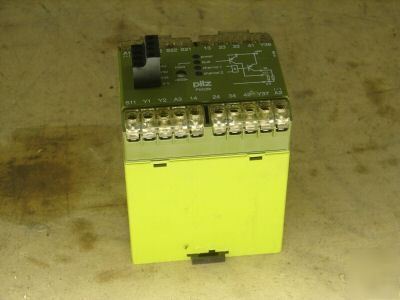Pilz safety relay pze-7 PZE7 24VDC