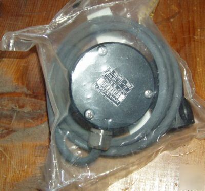New heidenhain 426.0003-2000 encoder in sealed bag