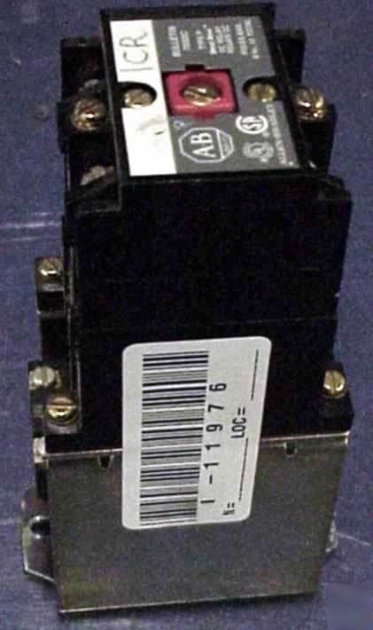 Allen bradley dc relay model 700DC-P200Z24