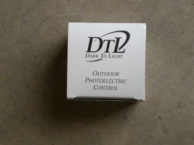 New in box dtl brand outdoor photoelectric control