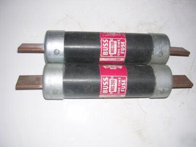 2 bussmann fusetron frs 200 fuses 200 amp 600V picture 2) bussmann fusetron frs 200 fuses , 200 amp 600v 200 amp fuse box at webbmarketing.co
