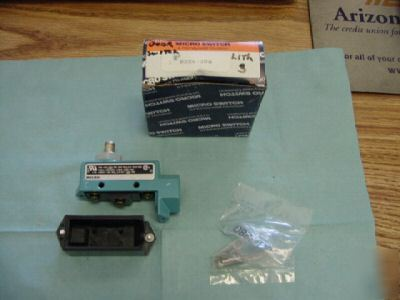 New honeywell microswitch model BZE6-2RQ switch, <