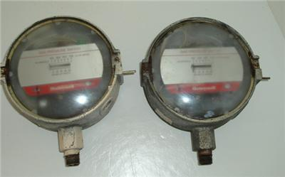 Pair used honeywell gas pressure switch-c 437D, c 437E