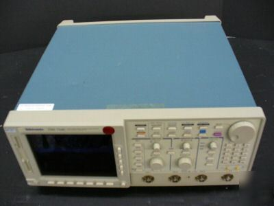 Tektronix TDS754C 500 mhz, insta-vu color digitizing os
