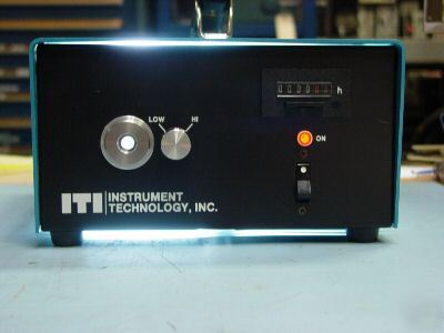 Iti gem-300 fiber optic light source