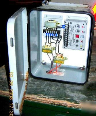 Time mark 3-phase monitor/transformer