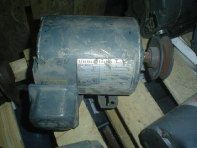 Ge motor:5K43MG8081X, 1 hp, 200V,1725 rpm,3 ph, 143T-fr