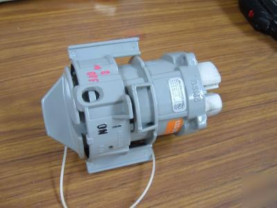 Meltric corporation watertight electrical plug dsm 30 a