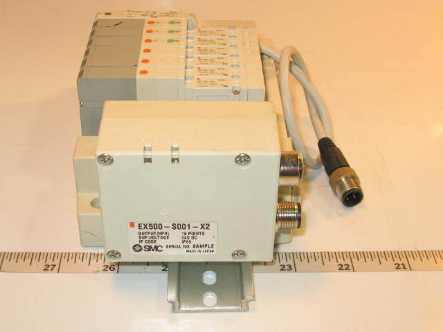 Smc pneumatic 7 solenoid valve bank assembly SV1200-5FU